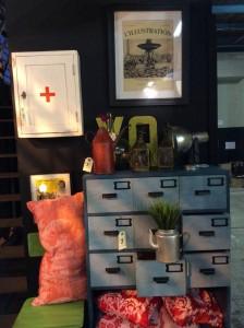 Mueble azul en la Fashion & Friends