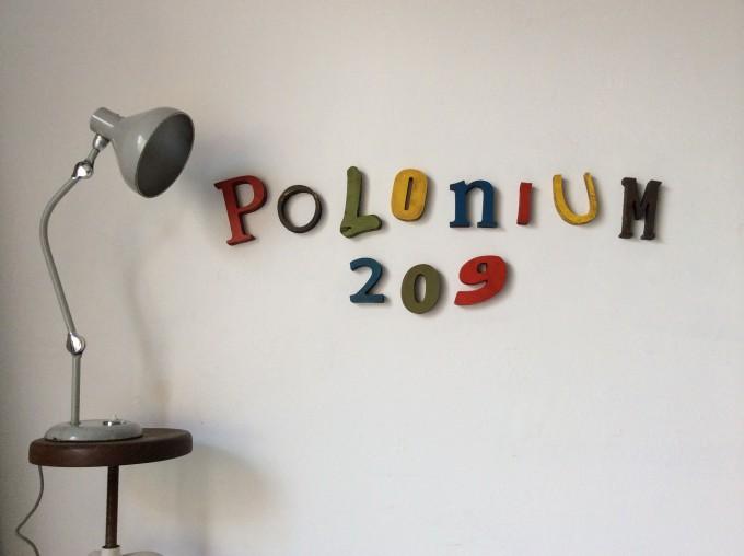 Letras de POLONIUM 209