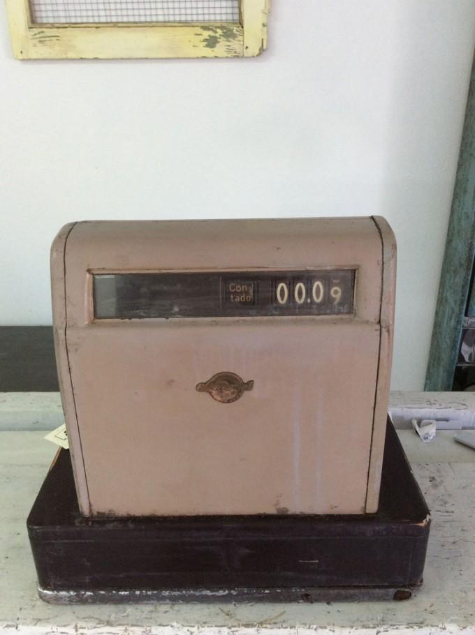 Caja registradora años 50 trasera