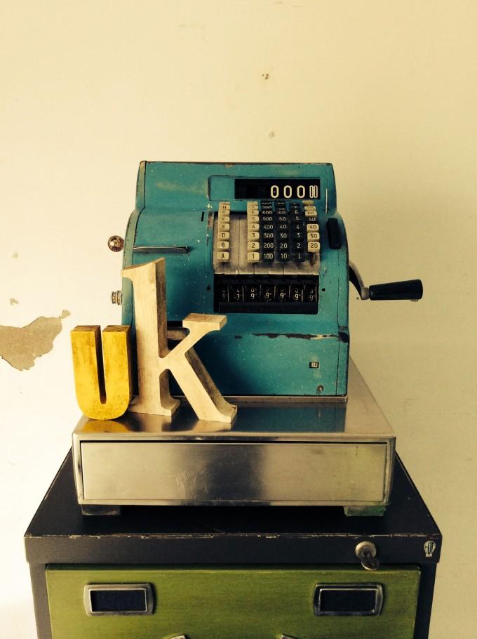 Máquina registradora con adornos