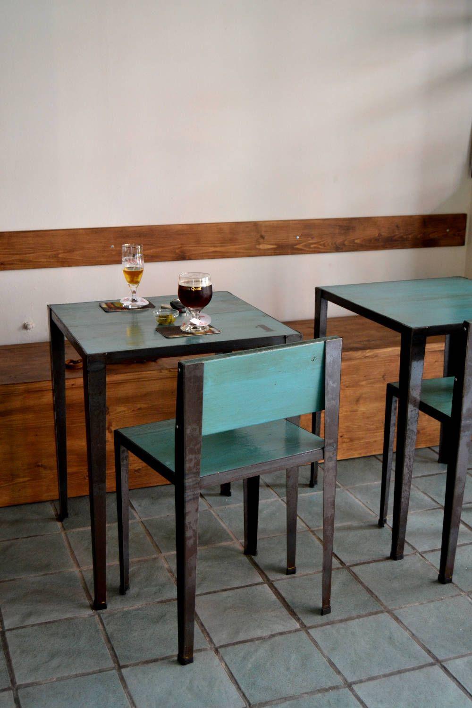 Mesas y sillas - Ventana del mercado