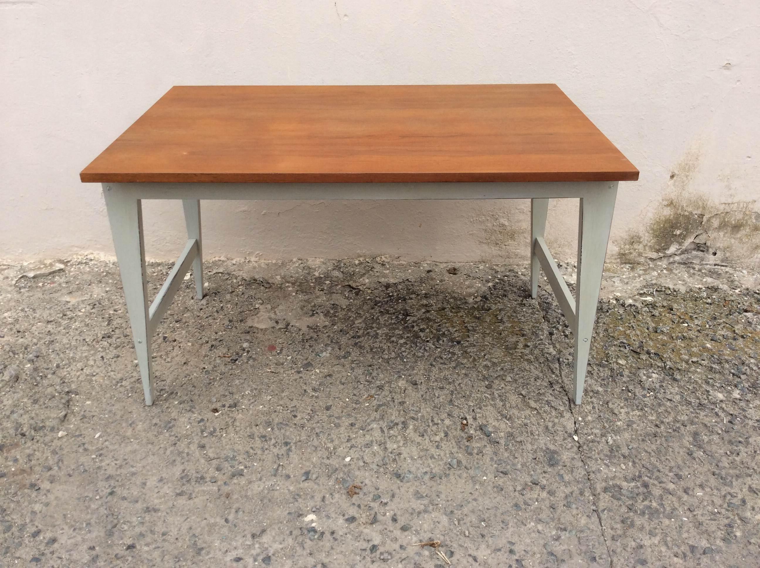 Mesa escritorio blanca y madera polonium 209 for Mesa blanca y madera