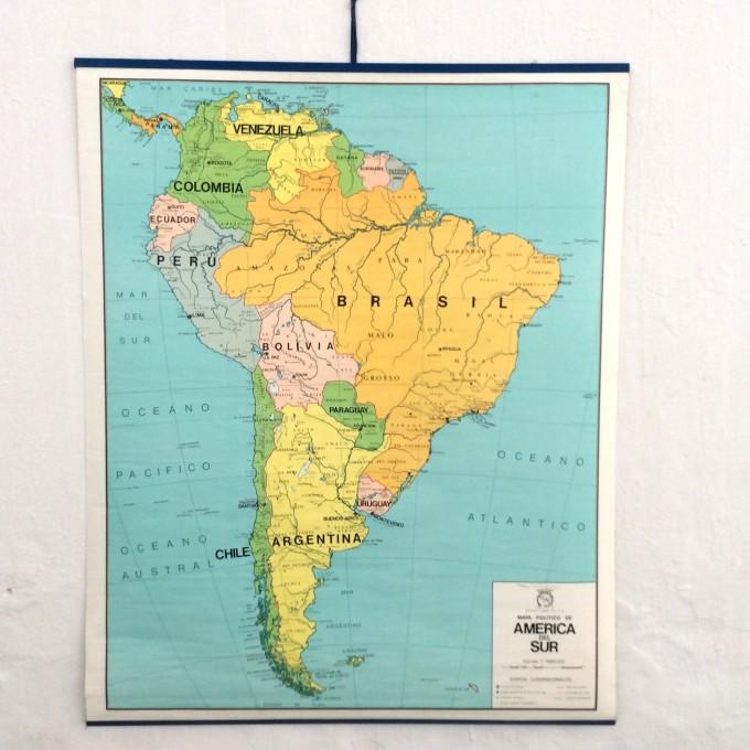 Mapa escolar años 70 de América del Sur (azul)