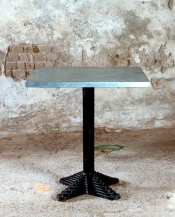 mesa de zinc para bar